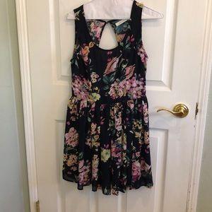 Backless Forever 21 Floral dress
